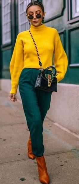 outfit mujer en verde combinar color Verde Militar