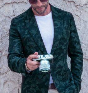 combinar el color Verde MIlitar en hombres